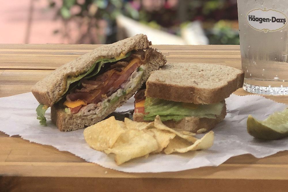 lindsays boulder deli sandwich3